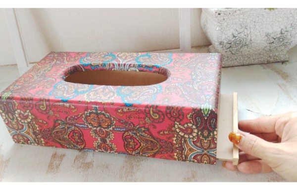 blog-tissue-box-red